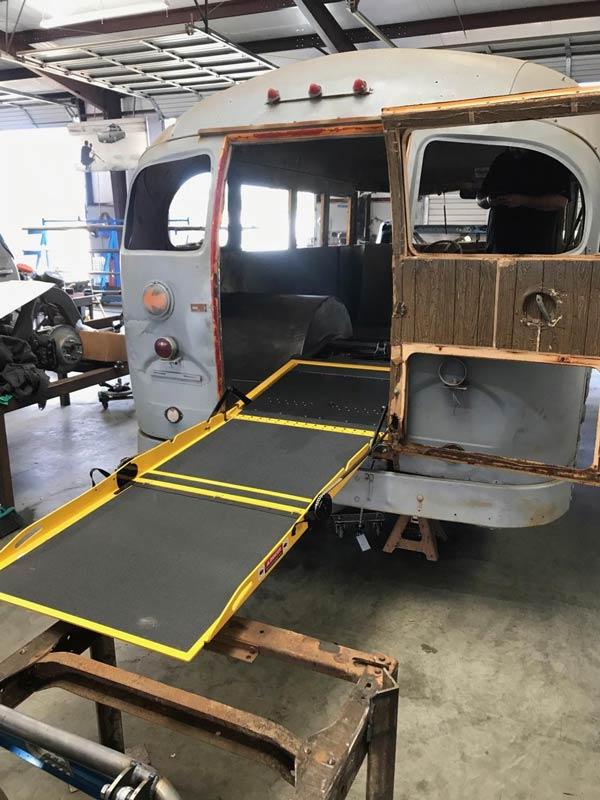 DA Short Bus Photo